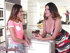 Babe, Brunette, Lesbian, Kitchen