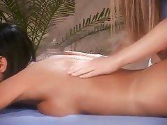 Lesbian, Massage